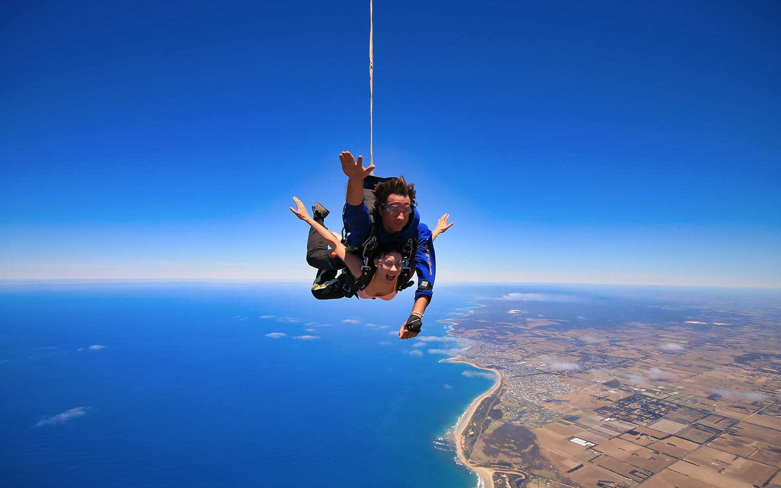 First-time Skydiving: Tips, Safety Guidelines, Rules and More