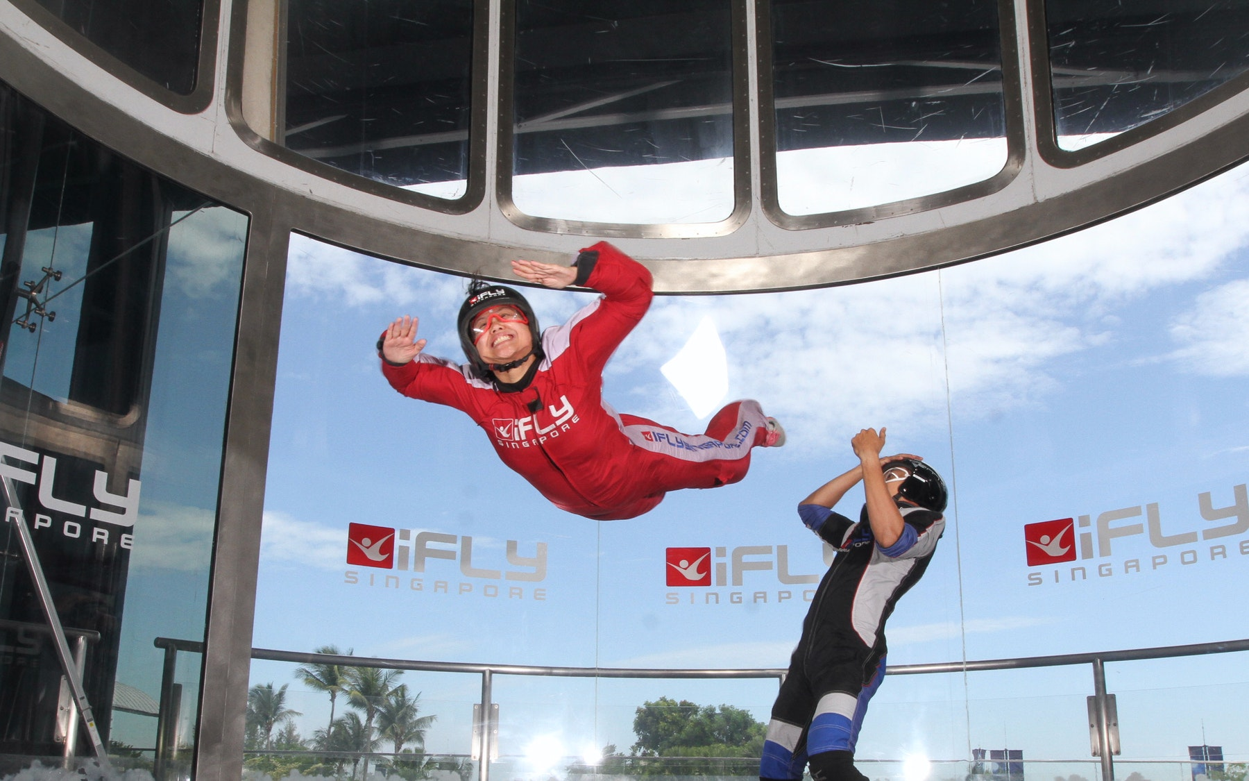 iFly Singapore indoor skydiving