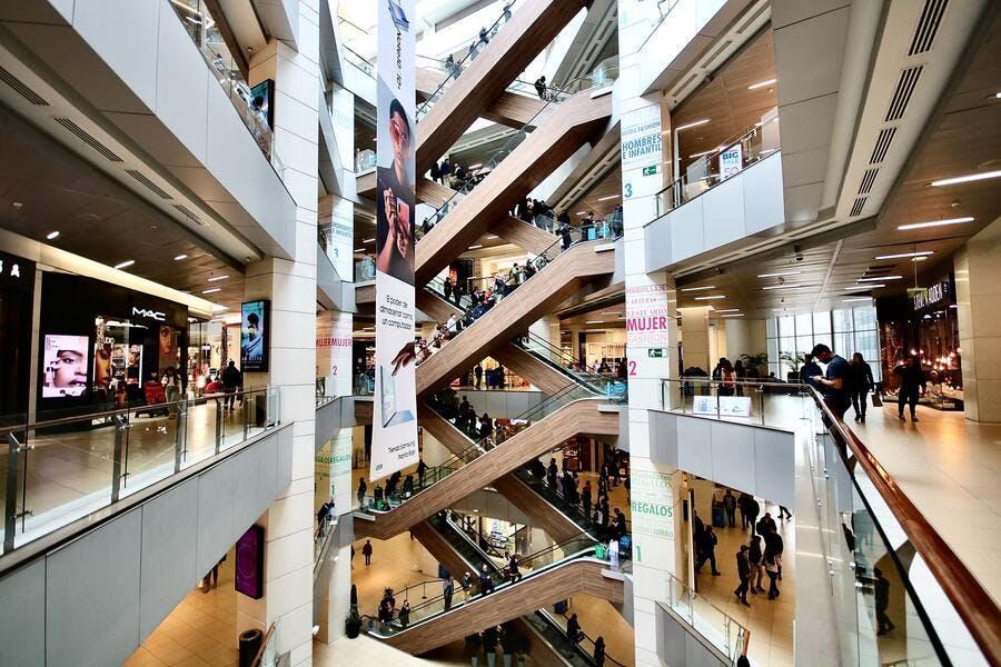 Centre commercial valorisé grâce aux flux piétons