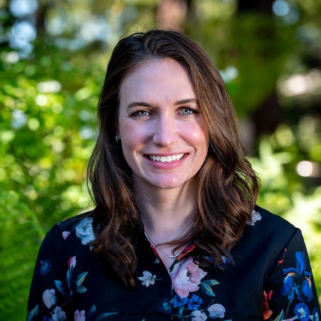 Portrait of Rebecca Mitchem