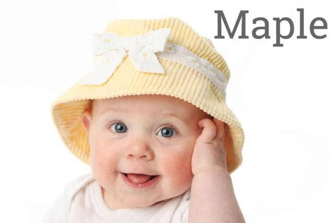 baby with sunhat