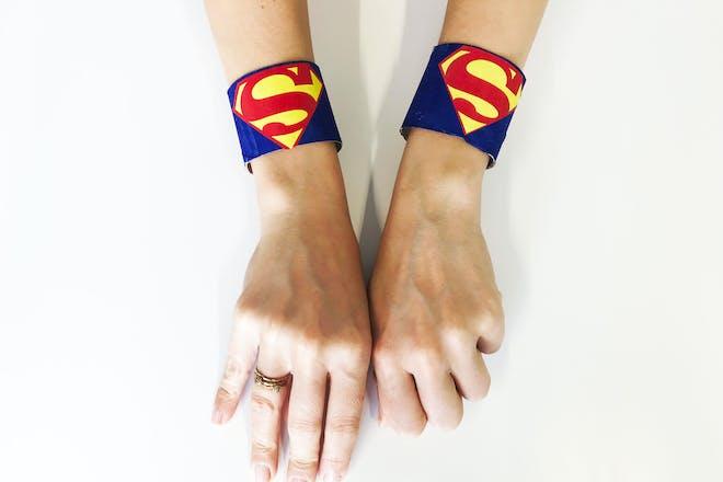 Loo roll superman cuffs