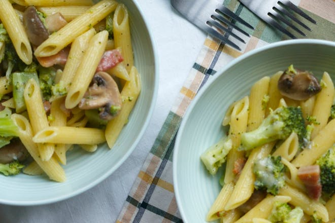2. Blue cheese and bacon pasta