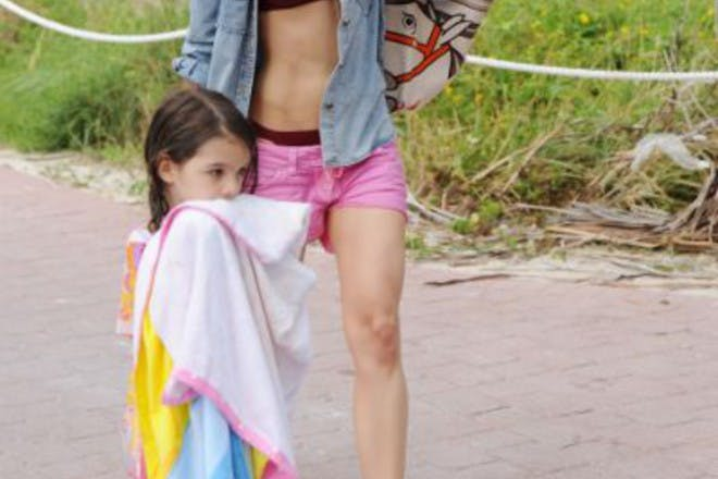 katie holmes and daughter
