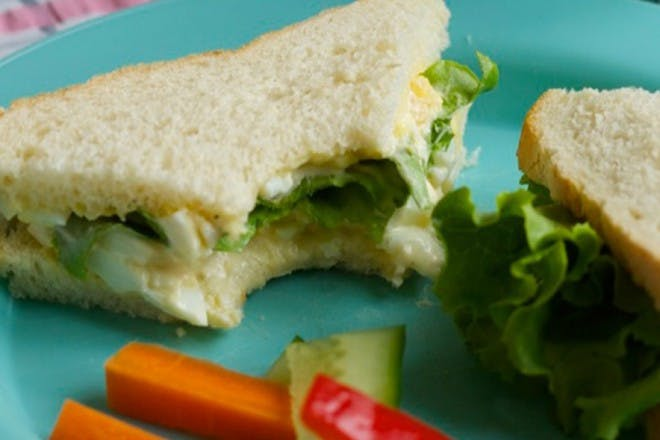 egg sandwich with salad