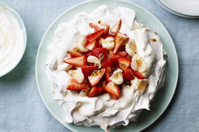 Strawberry and lychee pavlova