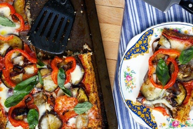 Cauliflower crust pizza with roasted veg
