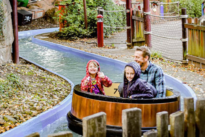 All aboard the Jolly Pirate boat ride at Sundown Adventureland in Nottinghamshire