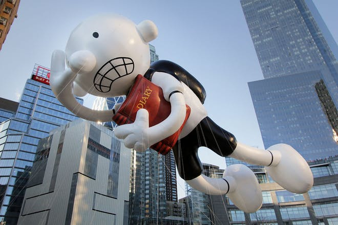 Diary of a wimpy kid flying inflatable in New York Thanksgiving parade