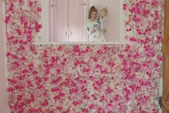 Flower wall with mirror