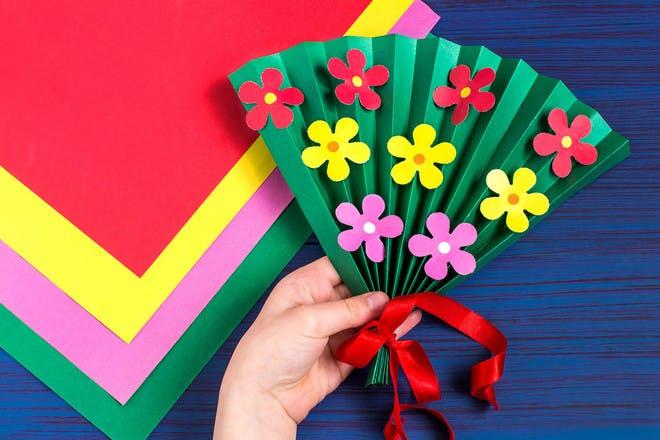 A homemade flower fan