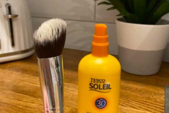 Foundation brush and suncream