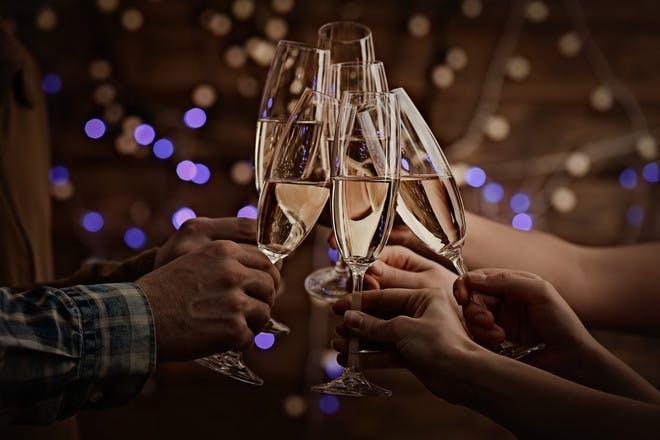 champagne glasses chinking