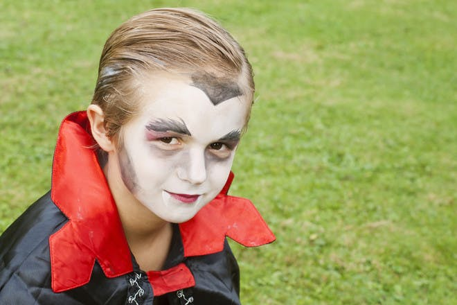 Halloween face paint for a vampire