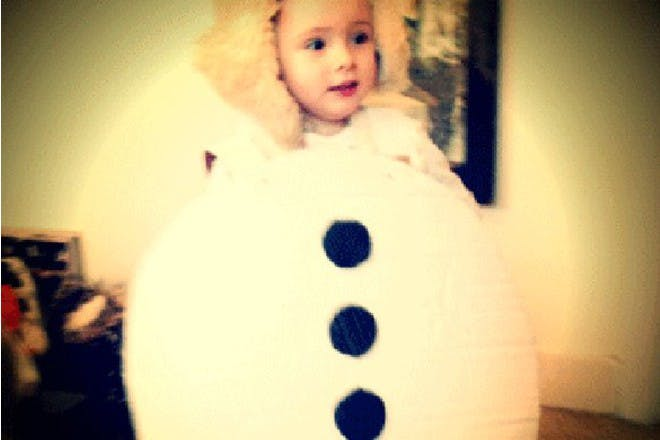 Make an Olaf outfit