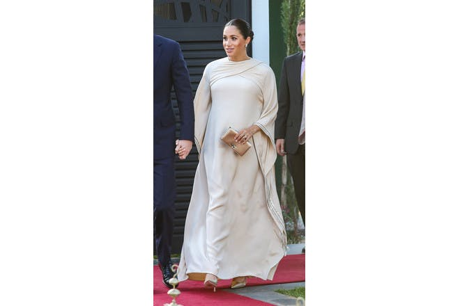 Meghan Markle pregnant in white dress