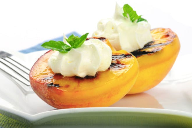35. Grilled peaches with yoghurt