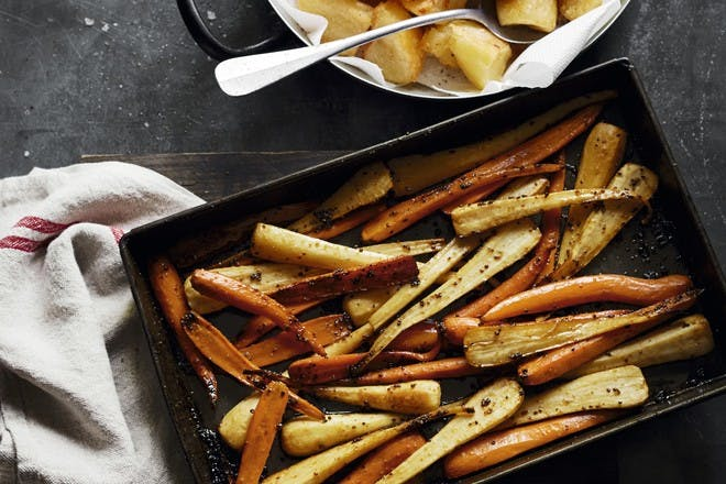 Maple-roasted parsnips and carrots recipe
