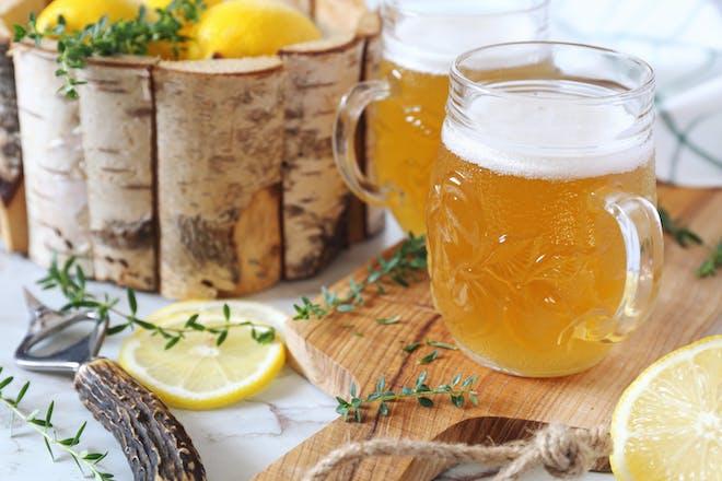 Light lemon sour beer with lemon slices
