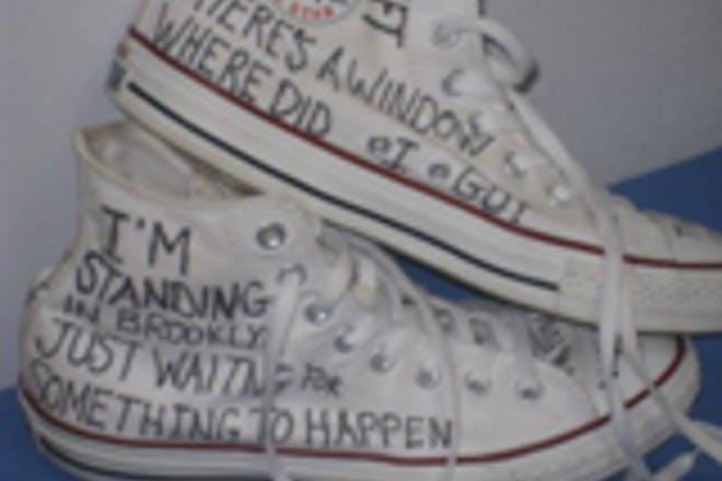 8. Pimped your Converse or Vans
