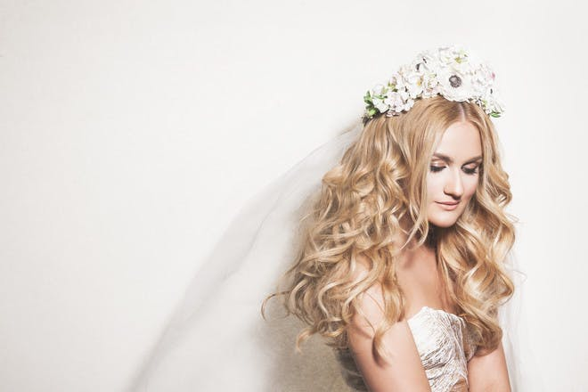 Floral crown with tight curls