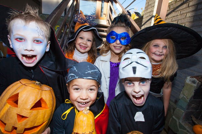 Easy last-minute Halloween costumes for kids in 2021