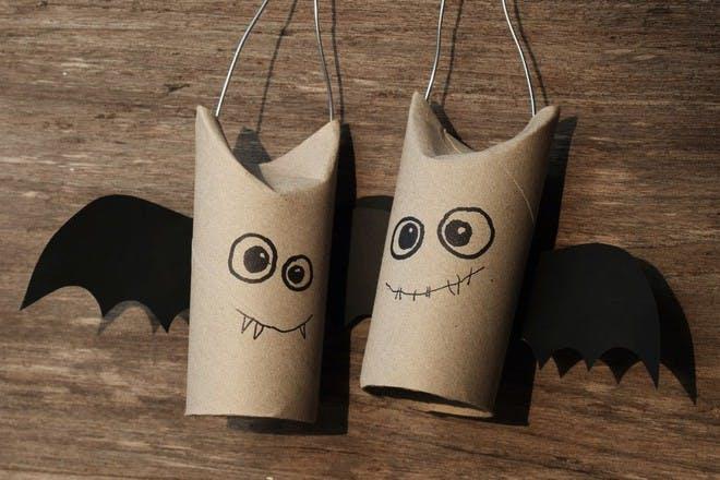 Bat toilet rolls