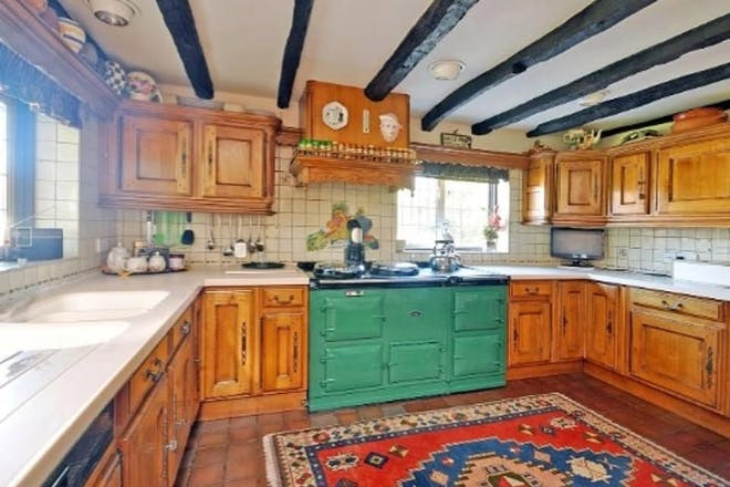 Stacey Solomon country house kitchen