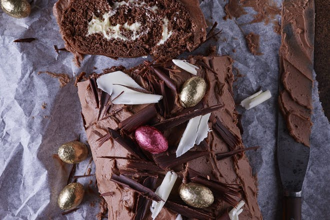 Easter chocolate log recipe. Chocolate Easter dessert