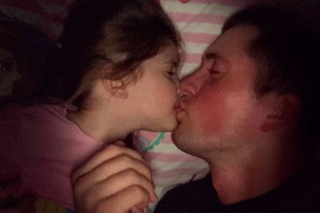 Dan Osborne kissing daughter