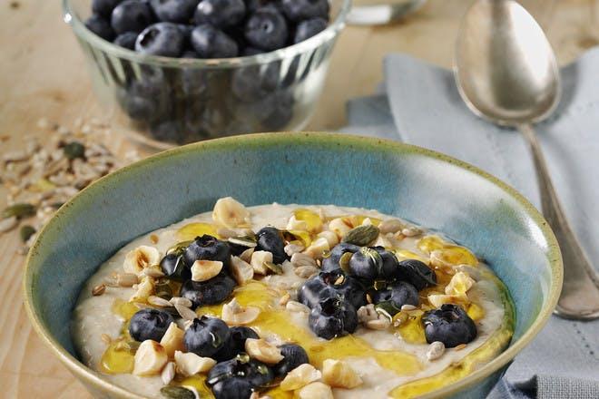 Blueberry and hazelnut porridge