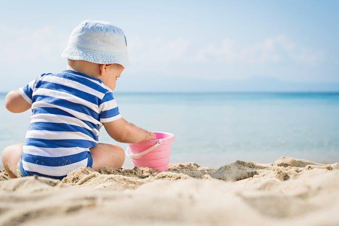 20 beach-themed baby names