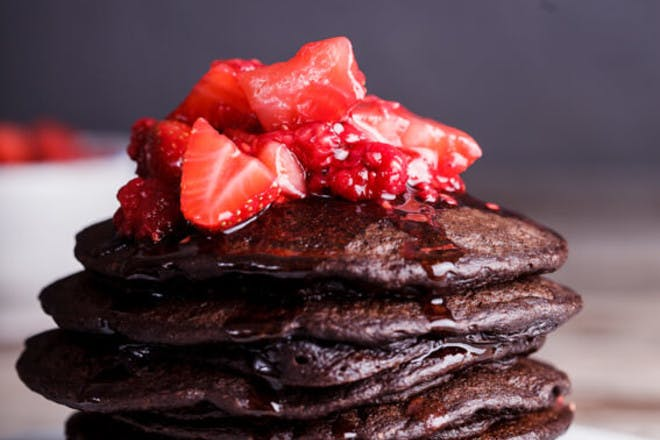 26. Easy and healthy chocolate banana oat pancakes