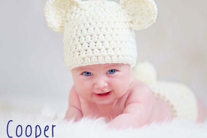 baby in woolly hat