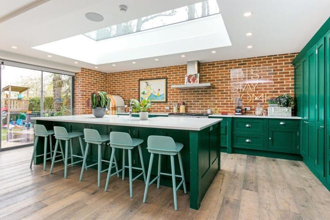 Glynswood Place, Northwood, Middlesex, kitchen