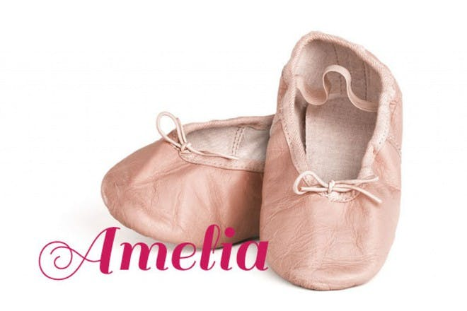 粉红色的婴儿鞋
