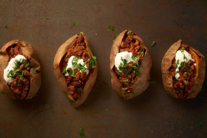 27. Baked sweet potatoes with vegetarian chilli