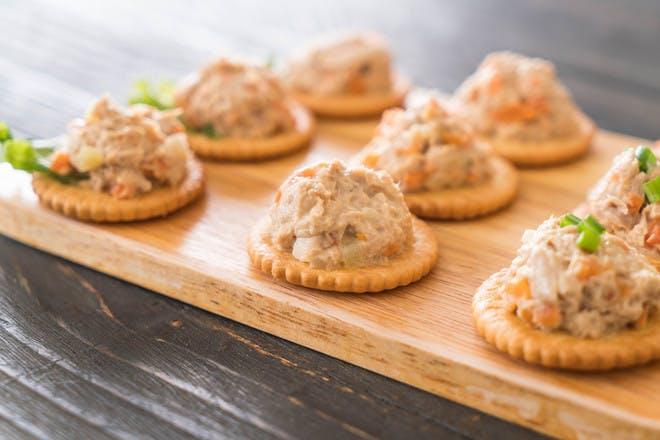 Tuna crackers