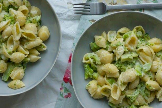 24. Easy vegetable pasta