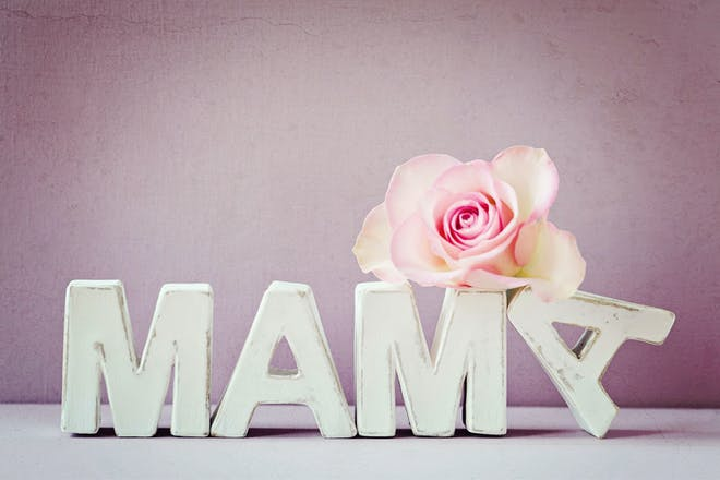 Mama letters and pink rose