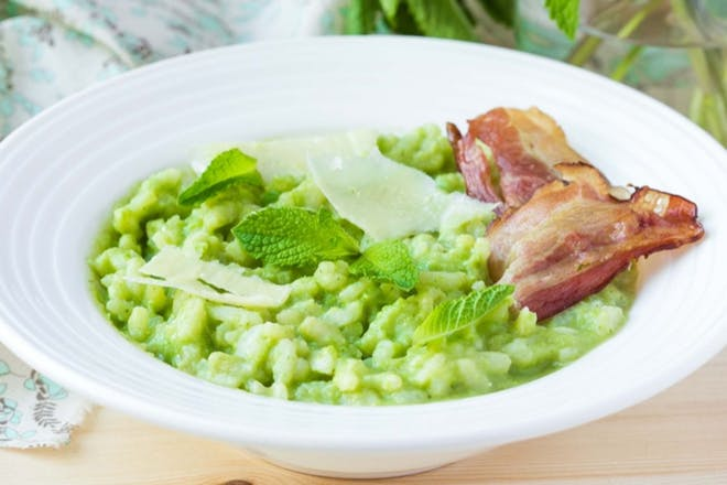 Risotto with peas and ham