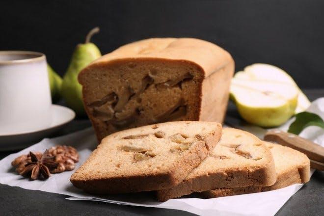 Pear loaf cake