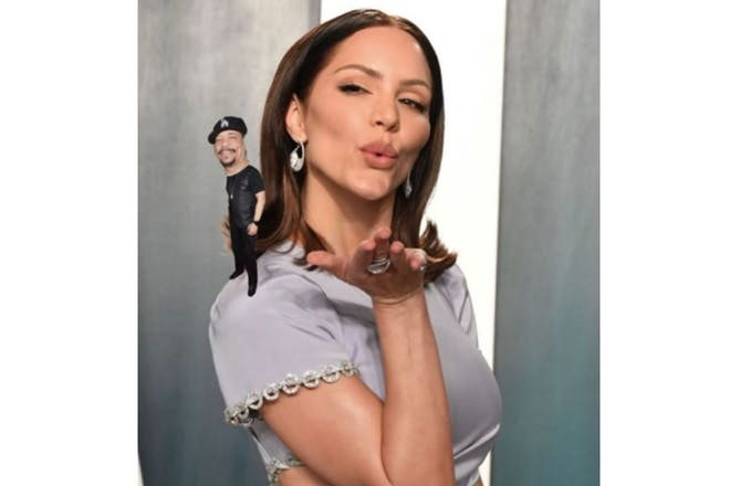 Katherine Foster (McPhee) with Ice-T photoshopped on her shoulder