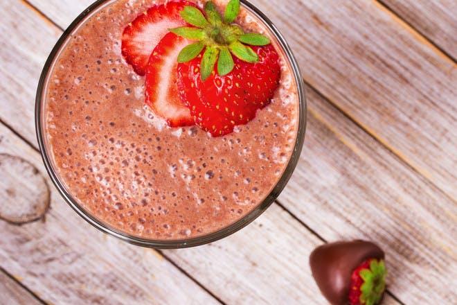 5. Chocolate Strawberry Smoothie