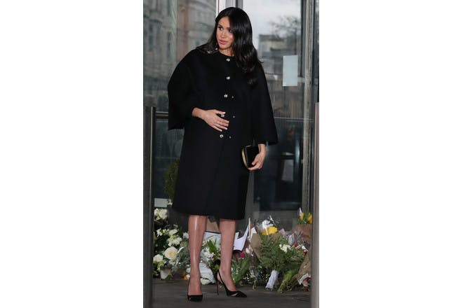 Meghan Markle pregnant black coat