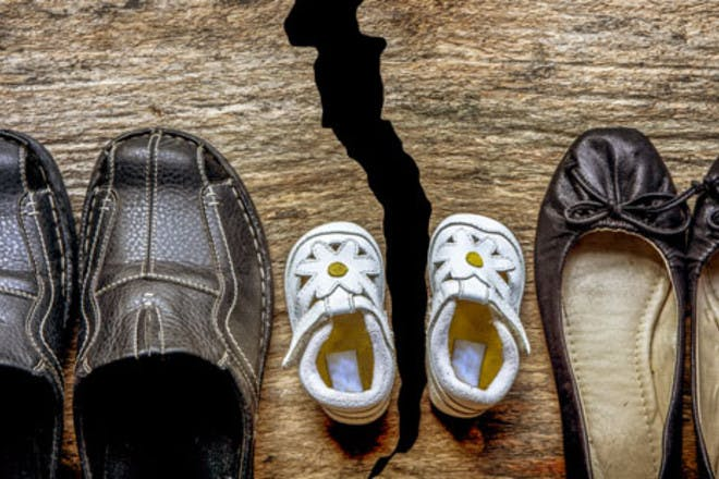 mum dad and baby shoes crack
