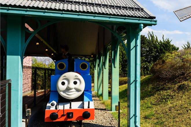 17. Take a train ride at Drayton Manor Theme Park, Staffordshire
