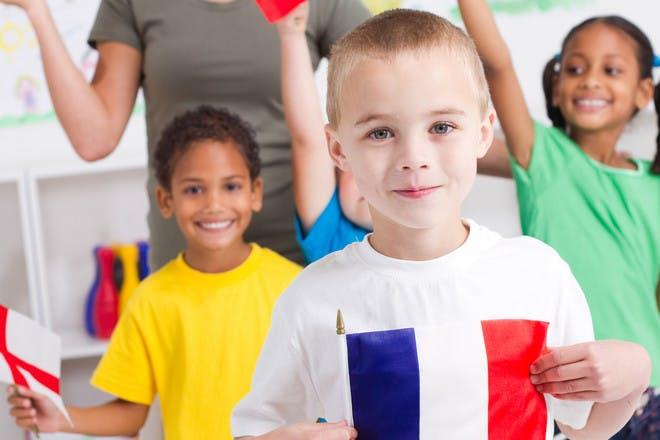 Child in France flag T-shirt