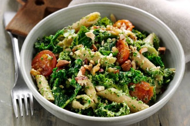 Kale and walnut pesto pasta