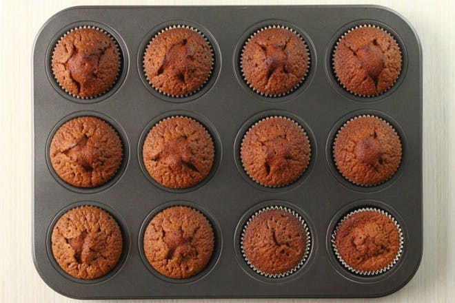 15. Chocolate cupcakes (egg and dairy free)